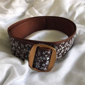 Brown floral belt with brass buckle